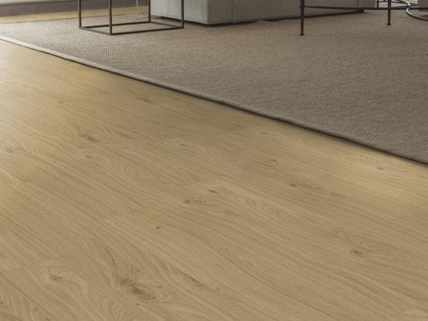 Holzboden AE0AB0 Eiche Solid (matt lackiert)