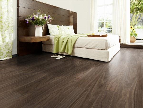 Holzboden NU0AN0 Nuss Salon